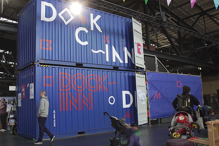 "Berlin Travel Festival 2018: Messestand des Container Hotels ""Dock Inn"" aus Warnemünde."