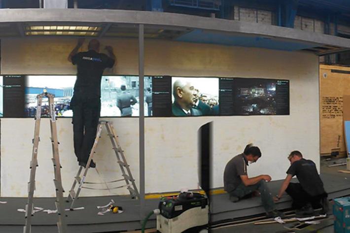 Werkstattsituation bei Bau der Ausstellung