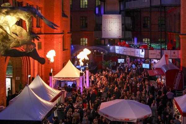 Berliner Hoffest im Roten Rathaus