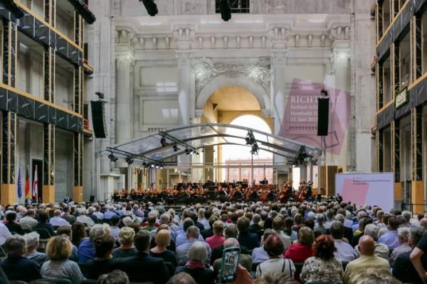 Humboldt Forum im Berliner Schloss: Richtfest, Grundsteinlegung, Baustellenevents