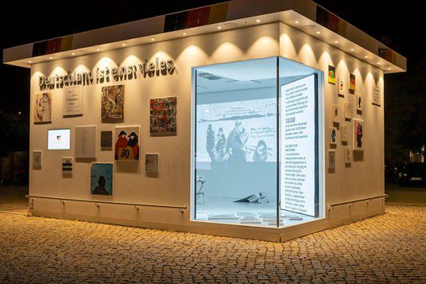 Kunst-Installation zur EinheitsEXPO in Potsdam